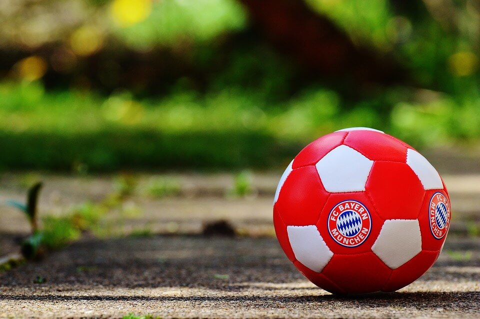 Voetbal in stijl van voetbalclub Bayern München